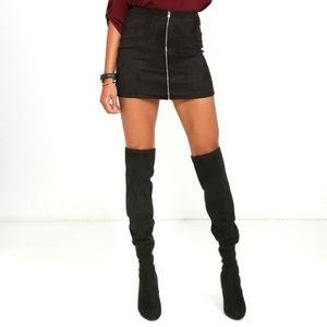 Black Suede Skirt Size XL Rue 21